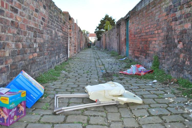 Litter in an alleyway