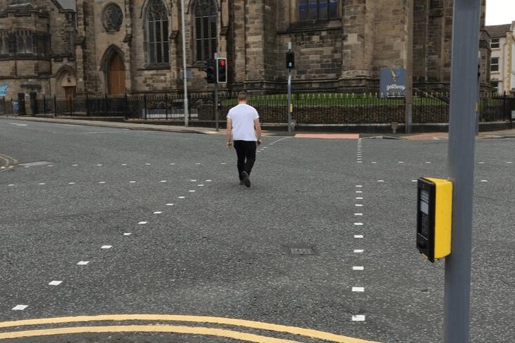 Diagonal Crossing