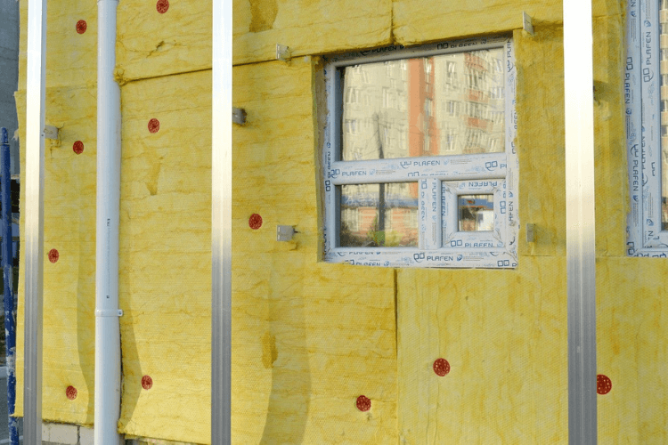 Insulation on the front of a house