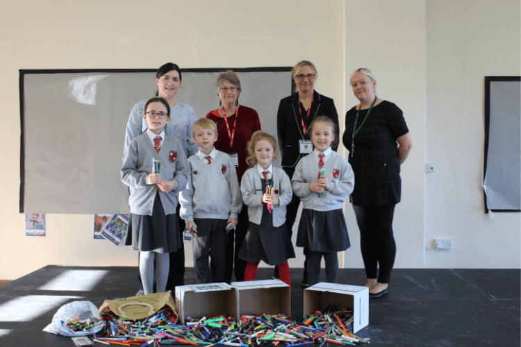 Teachers, pupils and grandparent of pupils at Mendell Primary School with Cllr Liz Grey