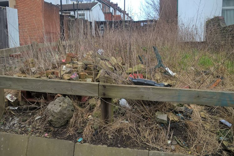 7f8c6ddaa ... areas of primarily private land in Wirral that had been attracting  incidents of littering and fly-tipping – have been cleaned up in the last  year.